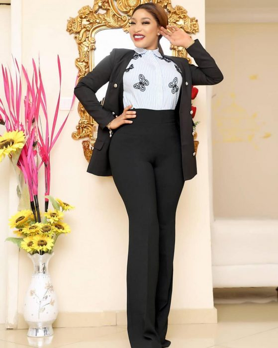 Tonto Dikeh Reacts To Otedola 5Bn Donation To DJ Cuppy Foundation In A Funny Way